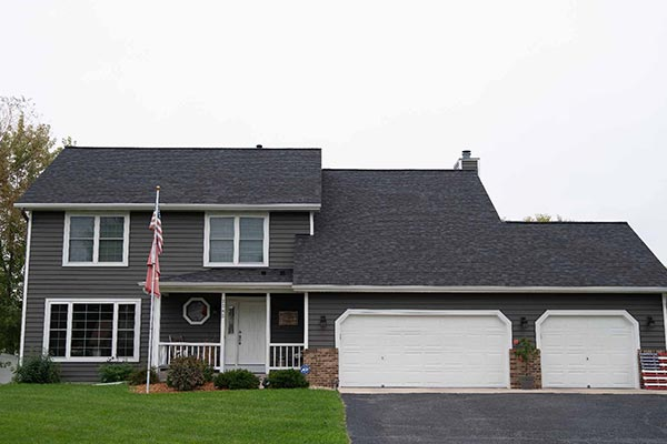 Roofing Contractor Apple Valley Minnesota