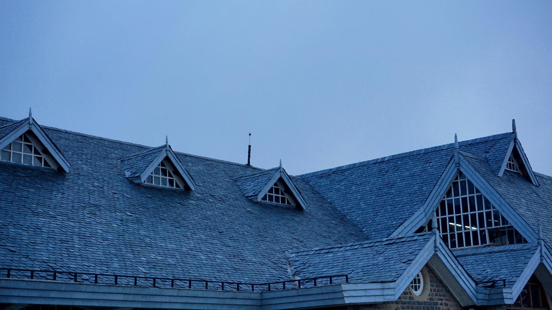 Roofer in Minnetonka MN
